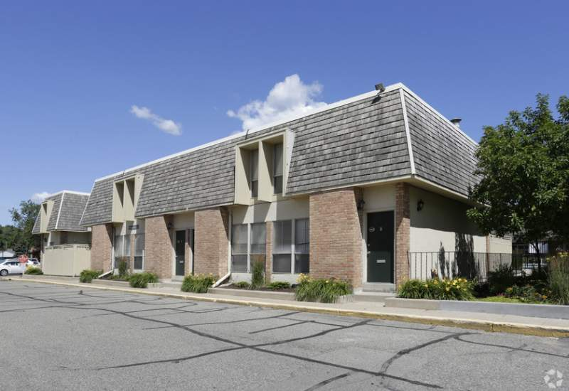 The Colony Apartments and Townhomes - Richfield, MN