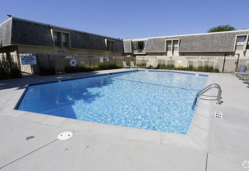 The Colony Apartments for Rent - Richfiled, MN